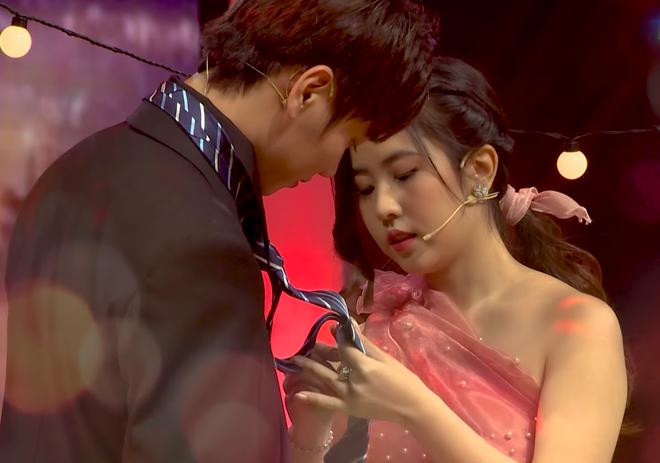 Soái ca Trần Nhậm được hot girl đến tỏ tình, nhan sắc nữ chính chiếm trọn spotlight vì quá xinh 0010