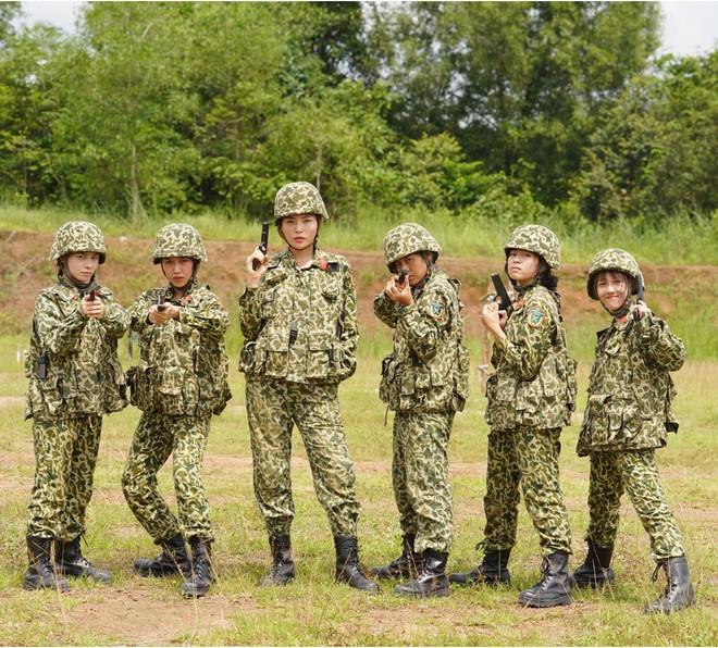 Khánh Vân tiết lộ Mũi trưởng Long là 'chú bé khóc nhè', khóc lóc ngày dàn nữ chiến binh xuất ngũ 001