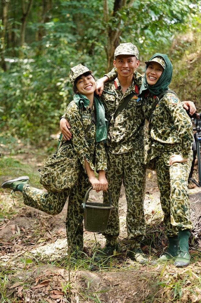 Khánh Vân tiết lộ Mũi trưởng Long là 'chú bé khóc nhè', khóc lóc ngày dàn nữ chiến binh xuất ngũ 007