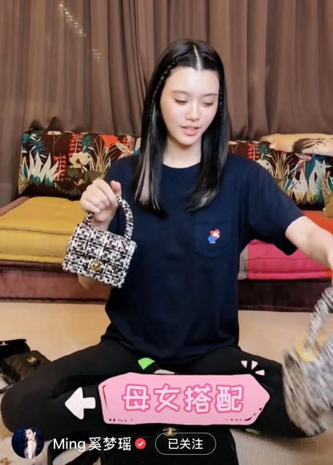 Ming Xi đang mang thai lần 2 với thiếu gia trùm sòng bạc, ngấm ngầm tiết lộ giới tính em bé? 007