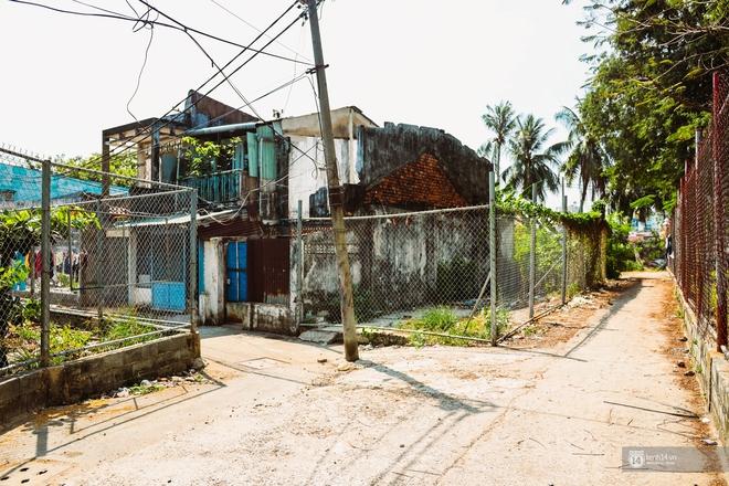 Một ngày trong hẻm Bố Già giữa Sài Gòn: Cuộc sống của người dân cù lao vẫn bình dị như thế, hễ có đoàn phim đến là nhiệt tình giúp đỡ! - Ảnh 1.