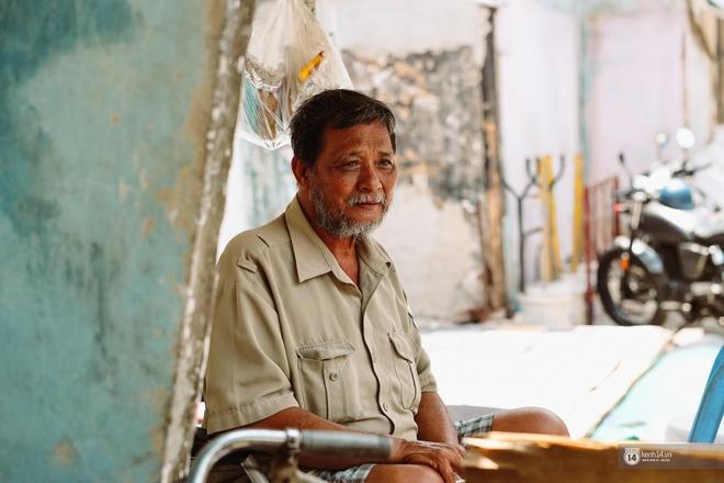 Một ngày trong hẻm Bố Già giữa Sài Gòn: Cuộc sống của người dân cù lao vẫn bình dị như thế, hễ có đoàn phim đến là nhiệt tình giúp đỡ! - Ảnh 6.
