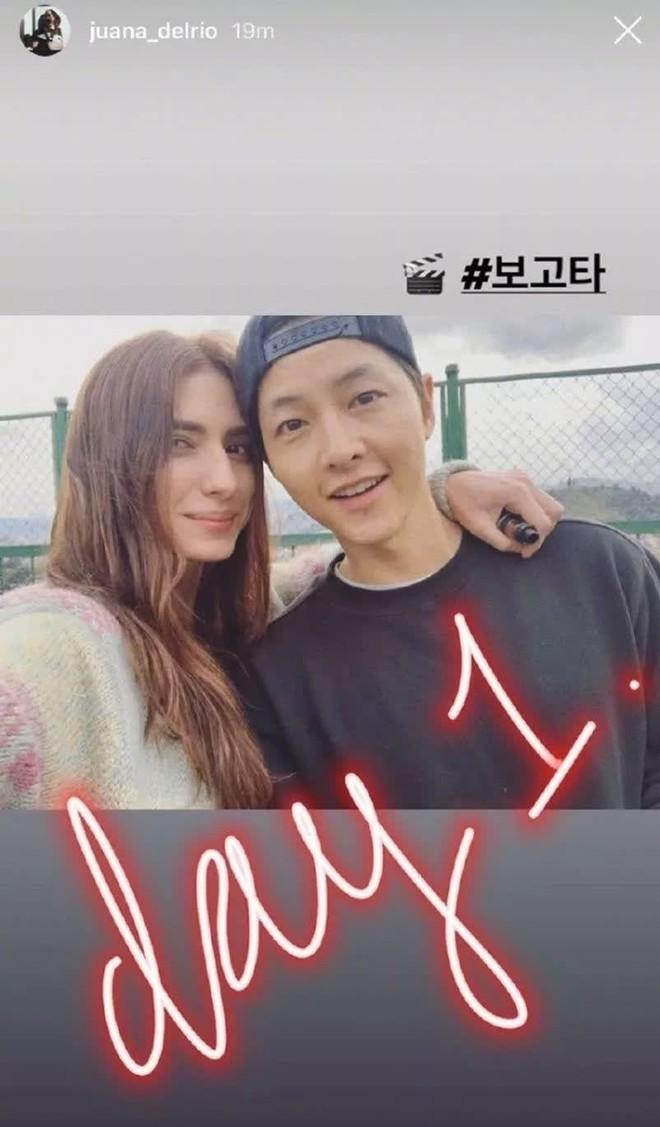 """Nghe tin Song Joong Ki sắp ra nước ngoài quay phim, netizen lo sốt vó """"dịch còn chưa hết mà!"""" - Ảnh 1."""