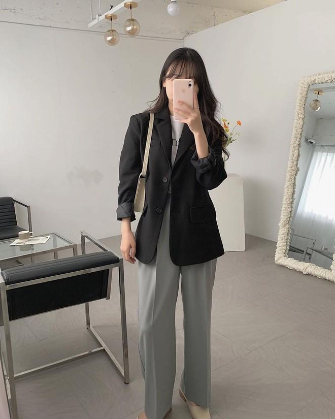4 lỗi trang phục cơ bản khiến bạn ngày càng nhàm chán và mặn mòi như... nồi nước ốc 0012