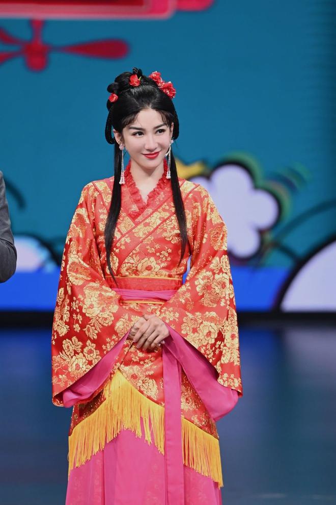Cặp đôi Lên Nhầm Kiệu Hoa tái ngộ sau 21 năm, netizen lo 'sặc mùi cẩu huyết' 004