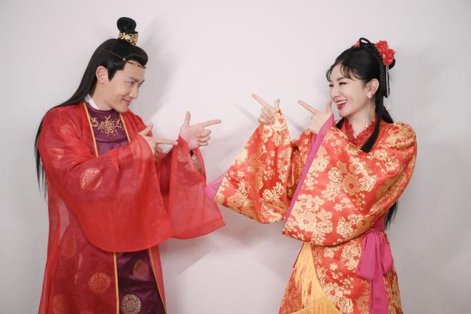 Cặp đôi Lên Nhầm Kiệu Hoa tái ngộ sau 21 năm, netizen lo 'sặc mùi cẩu huyết' 002