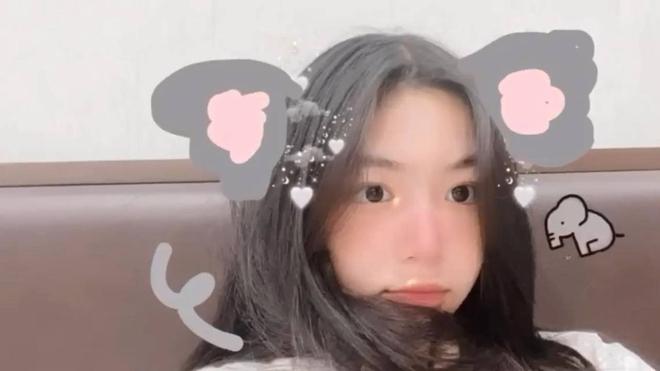 Lọ Lem - ái nữ nhà Quyền Linh lại xinh đẹp 'hút hồn' fan 003