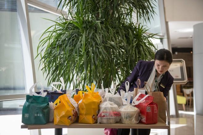 Nhà hàng ma đang mọc như nấm tại Trung Quốc: Mặt trái của ngành công nghiệp giao hàng phát triển quá mạnh - ảnh 3