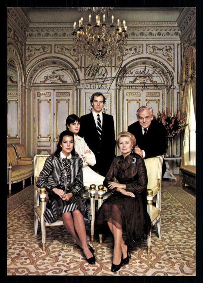 Hoàng gia Anh chưa là gì, đây mới là hoàng tộc thị phi nhất châu Âu với loạt drama từ ngoại tình, con rơi cho đến bỏ trốn kịch tính hơn phim - ảnh 4