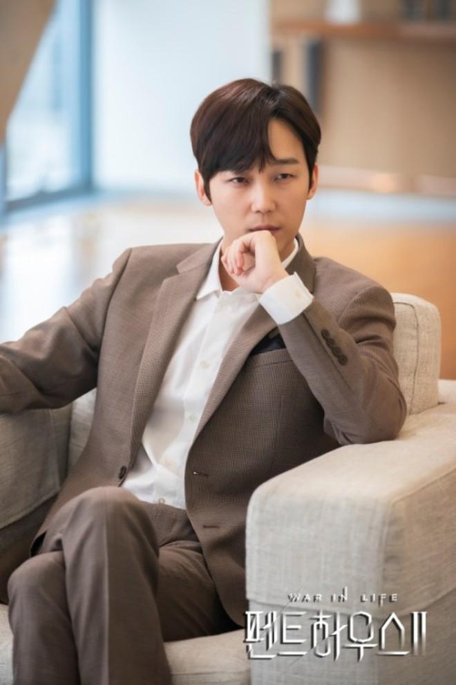 Netizen đồn nhau kết cục Penthouse 2: Ju Dan Tae tự tử, hội Hera lũ lượt ăn cơm tù? 009