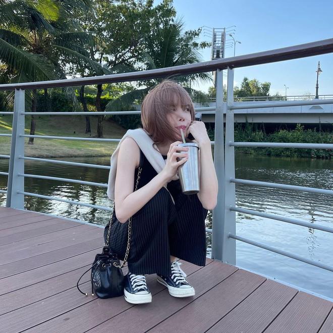 Xem ảnh mới của Thiều Bảo Trâm, dân tình lại soi ngay ra dùng lại đồ đôi với Sơn Tùng M-TP? - ảnh 2