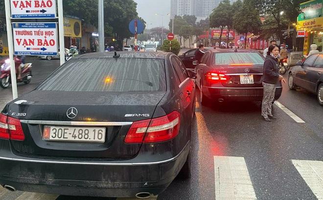 2 xe Mercedes trùng biển số chạm mặt nhau ở Hà Nội: Đã tìm thấy chủ nhân dùng biển thật - ảnh 1