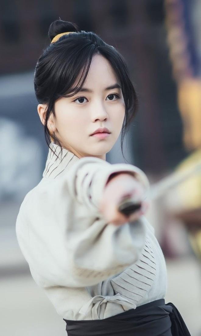 Sông Đón Trăng Lên toang nặng vì phốt bắt nạt của Ji Soo, khán giả bày cách cứu Kim So Hyun - ảnh 5