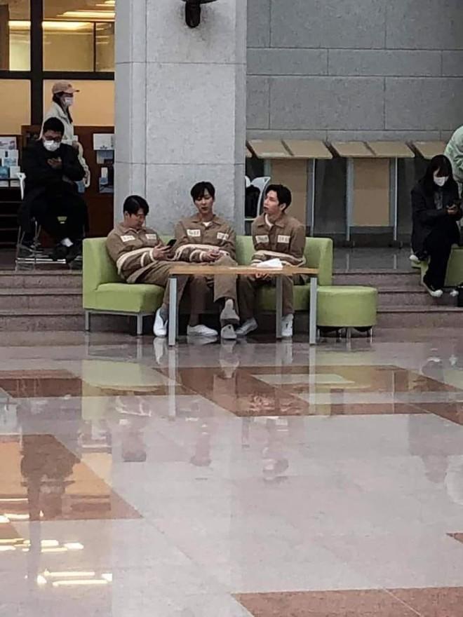 Netizen đồn nhau kết cục Penthouse 2: Ju Dan Tae tự tử, hội Hera lũ lượt ăn cơm tù? 001