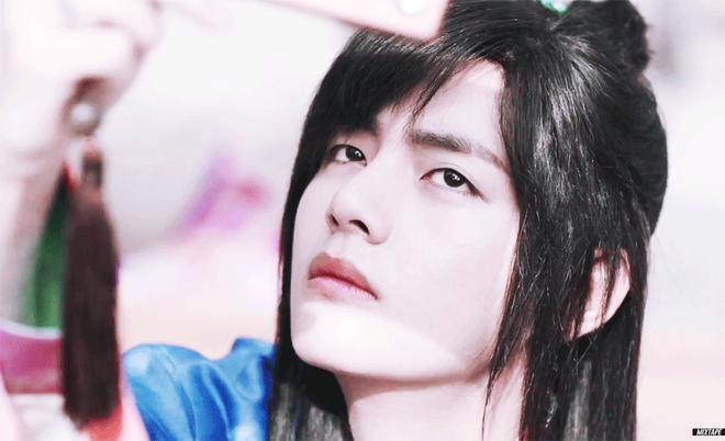 Tiết lộ cát-xê đóng phim gây sốc của V (BTS), được so sánh với cả Kim Soo Hyun? - Ảnh 2.