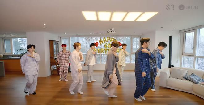 Chơi trốn tìm cùng Super Junior, Heechul nhiệt tình trốn nhưng... không ai tìm 001