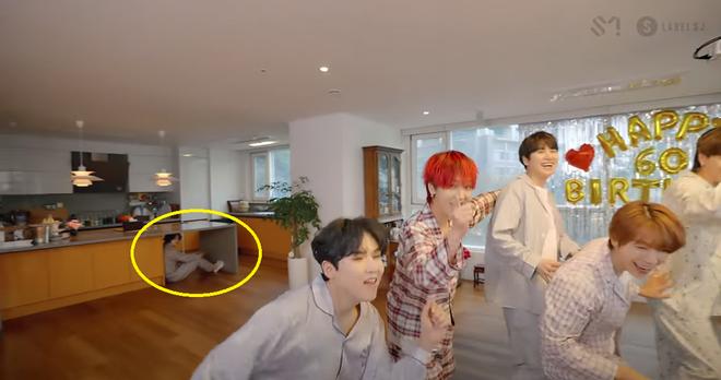 Chơi trốn tìm cùng Super Junior, Heechul nhiệt tình trốn nhưng... không ai tìm 002