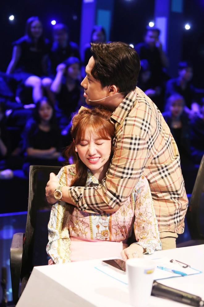 Hari Won sợ Trấn Thành... nhận nhầm Văn Mai Hương là vợ 001