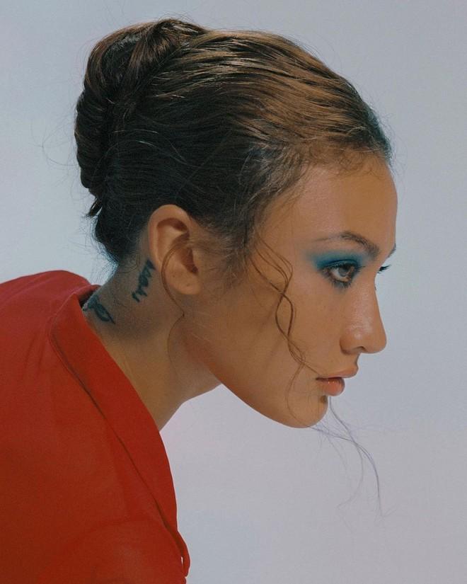 Naomi Roestel Huỳnh - gái xinh ở nhà ăn chay, hát nhạc tình, xăm nhiều đến không thể nhớ và trên mạng có đến nửa triệu followers! - ảnh 3