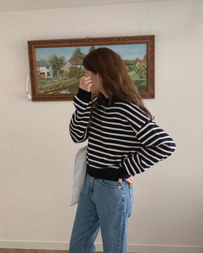 Ai chê nhàm chứ hội đam mê áo kẻ sọc có đủ tuyệt chiêu mix đồ hay ho đảm bảo mặc đẹp suốt 365 ngày - ảnh 3