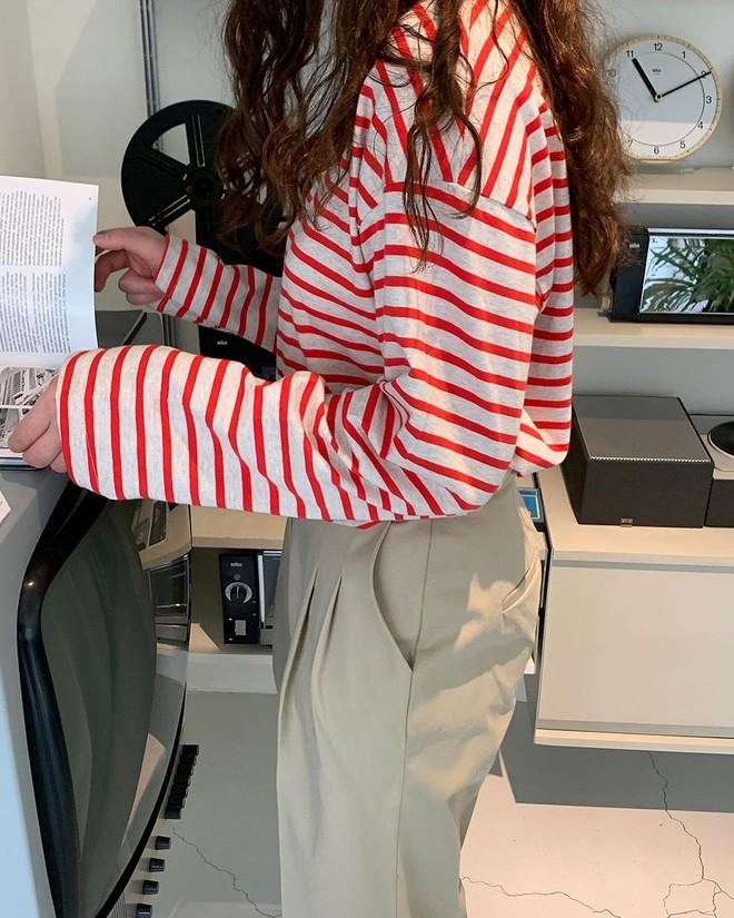 Ai chê nhàm chứ hội đam mê áo kẻ sọc có đủ tuyệt chiêu mix đồ hay ho đảm bảo mặc đẹp suốt 365 ngày - ảnh 1