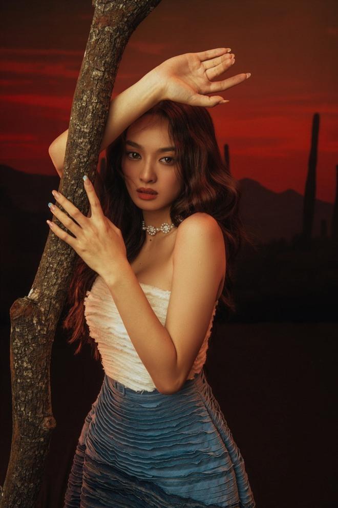 Hành trình nhan sắc của Kaity Nguyễn: Từ hotgirl ngực khủng đến ngọc nữ, lột xác ngoạn mục nhờ hút mỡ vòng 1 và giảm 9kg - ảnh 15