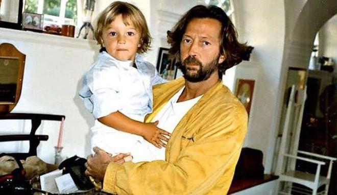 Tears in Heaven: Ca khúc bất hủ chất chứa nỗi đau của người cha sau khi con trai 4 tuổi ngã từ tầng 53 tử vong, thực tế còn có ý nghĩa khác - ảnh 5