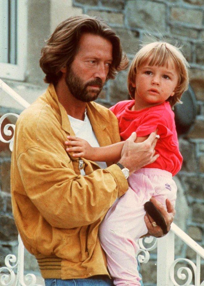 Tears in Heaven: Ca khúc bất hủ chất chứa nỗi đau của người cha sau khi con trai 4 tuổi ngã từ tầng 53 tử vong, thực tế còn có ý nghĩa khác - ảnh 6