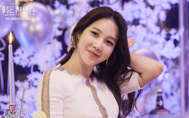 Chị đẹp Lee Ji Ah chốt đơn tái xuất ở tập 5 Penthouse 2, con dân đã sẵn sàng đội nón bảo hiểm! - Ảnh 3.