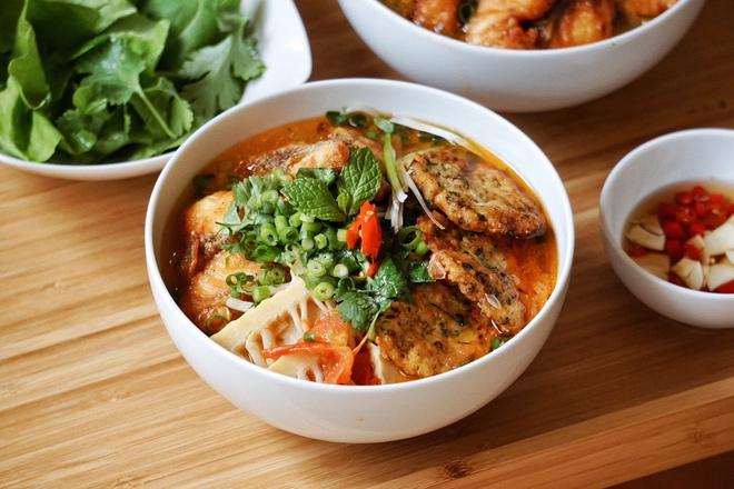 Chàng du học sinh phá đảo hội Yêu Bếp bằng loạt món Việt, luôn bị nhầm là con gái vì nấu ăn ngon - ảnh 1