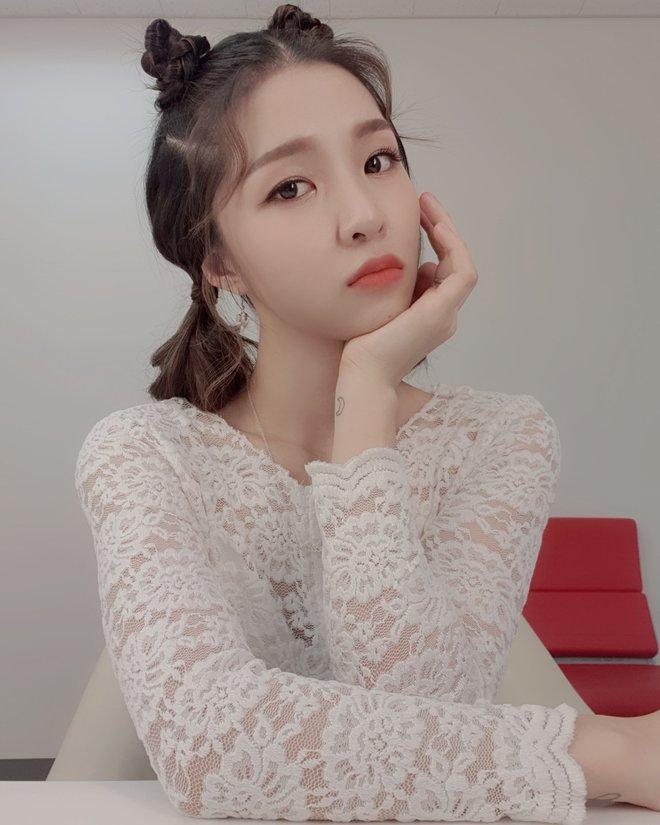 Trước Taeyeon bản Việt, từng có 1 nhóm nhạc Vpop gây náo loạn show âm nhạc Hàn Quốc khiến Wonder Girls phải liên tục xin lỗi - ảnh 5