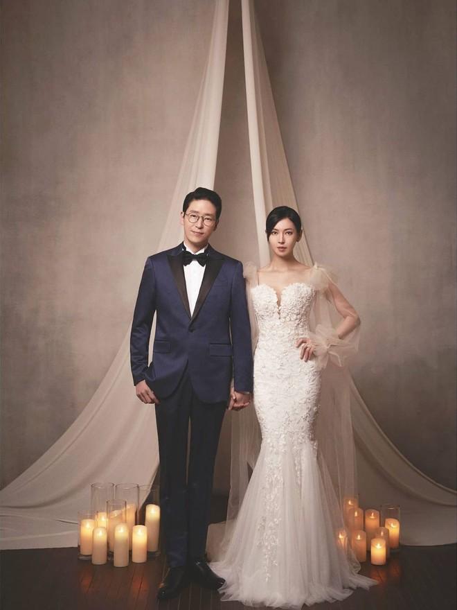 Bộ ba nữ chính Penthouse diện váy cưới: Tiểu tam lồng lộn hết cỡ nhưng có đánh bại được sự tinh tế của bà cả Lee Ji Ah? - ảnh 5