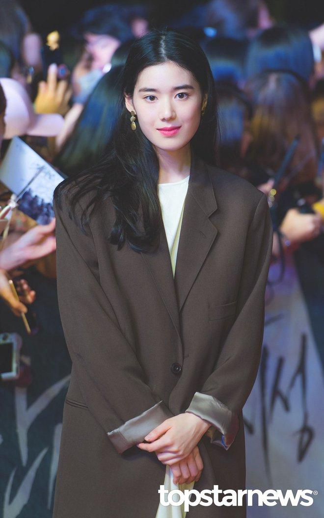 Lạ đời dàn mỹ nhân tăng cân vẫn đẹp hiếm thấy: Mỹ nhân Quân Vương Bất Diệt được khen nức nở, bạn gái Kim Woo Bin trẻ ra bất ngờ - ảnh 13