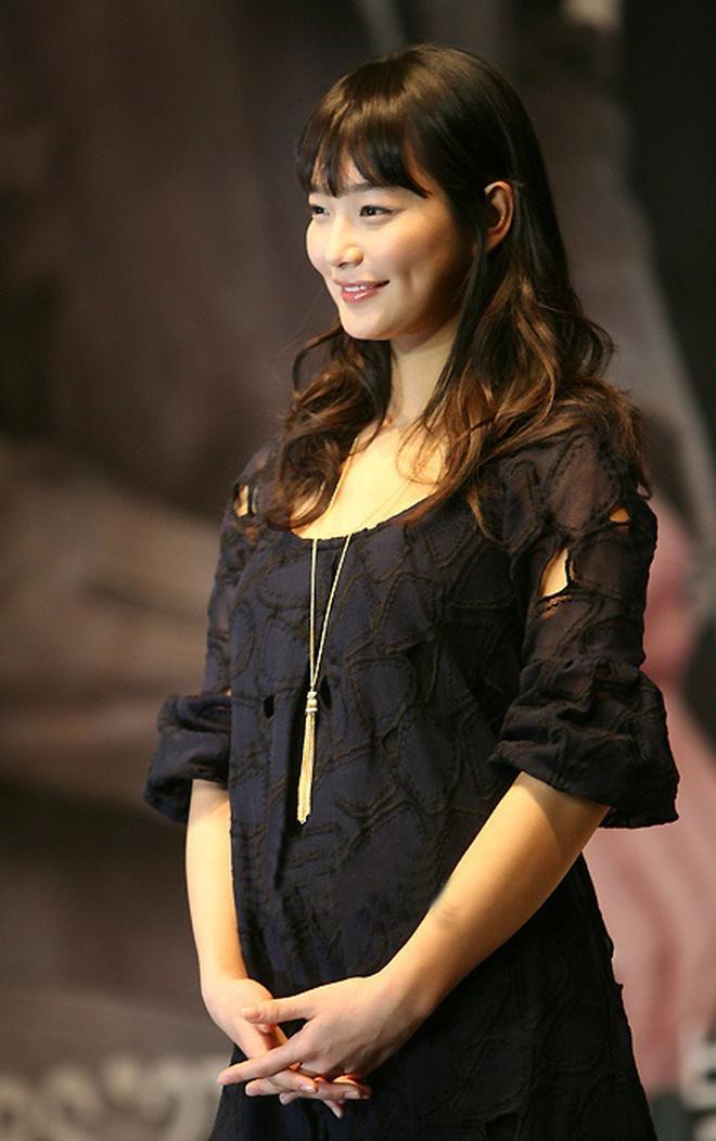 Lạ đời dàn mỹ nhân tăng cân vẫn đẹp hiếm thấy: Mỹ nhân Quân Vương Bất Diệt được khen nức nở, bạn gái Kim Woo Bin trẻ ra bất ngờ - ảnh 6