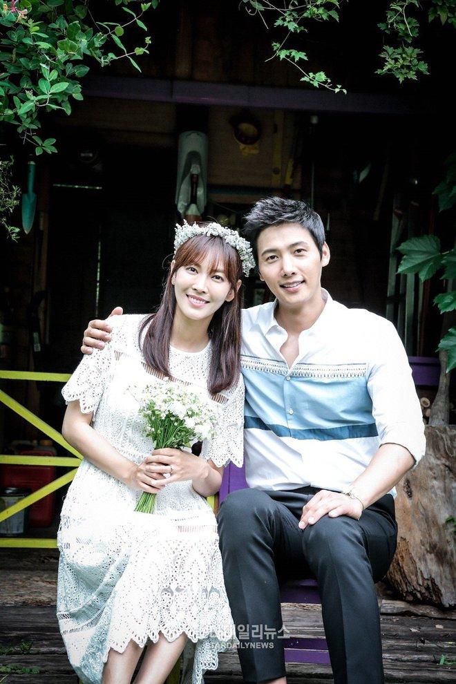 Chuyện tình ác nữ Penthouse Kim So Yeon và tài tử hiền lành: Từ màn mượn rượu tỏ tình có 1-0-2 trong lịch sử đến cuộc hôn nhân vàng của châu Á - ảnh 18