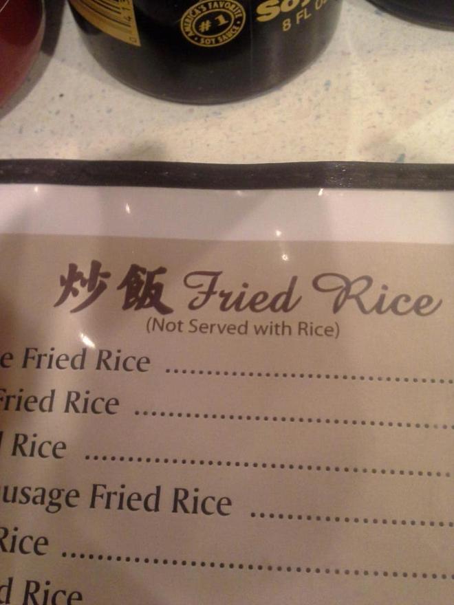 Vào nhà hàng order cơm chiên, khách nhìn 1 dòng chữ trên menu cái muốn bỏ về: Rồi tôi phải ăn gì đây? - Ảnh 1.