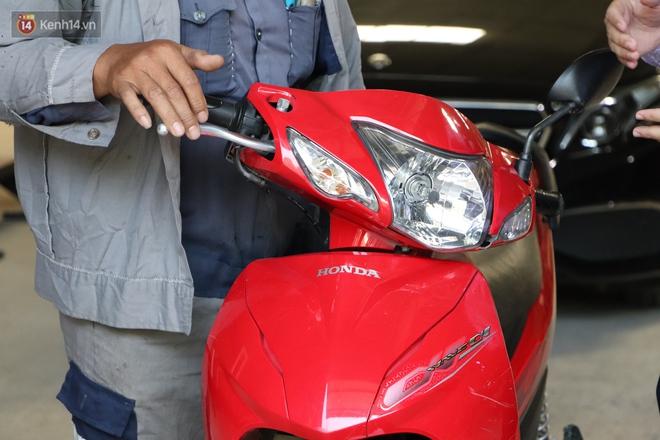 """Gây tai nạn không bị bắt đền còn được chủ Mercedes tặng xe mới, người đàn ông xúc động: """"Con gái chú sẽ hết mặc cảm"""" - Ảnh 9."""