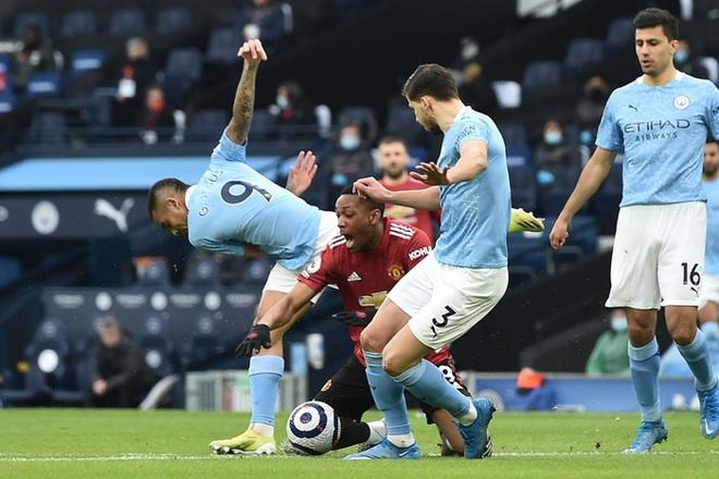 MU đá trận hay nhất từ đầu mùa, chấm dứt chuỗi 21 trận toàn thắng của Man City - ảnh 3