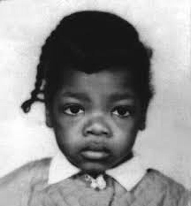 8/3 kể chuyện người phụ nữ có sức ảnh hưởng nhất hành tinh Oprah Winfrey: 14 tuổi mang thai vì bị lạm dụng tình dục, đạp lên vũng bùn đứng dậy tỏa ánh hào quang - ảnh 3