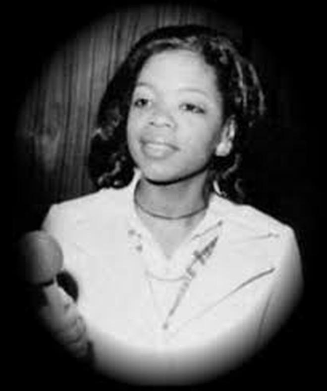 8/3 kể chuyện người phụ nữ có sức ảnh hưởng nhất hành tinh Oprah Winfrey: 14 tuổi mang thai vì bị lạm dụng tình dục, đạp lên vũng bùn đứng dậy tỏa ánh hào quang - ảnh 4