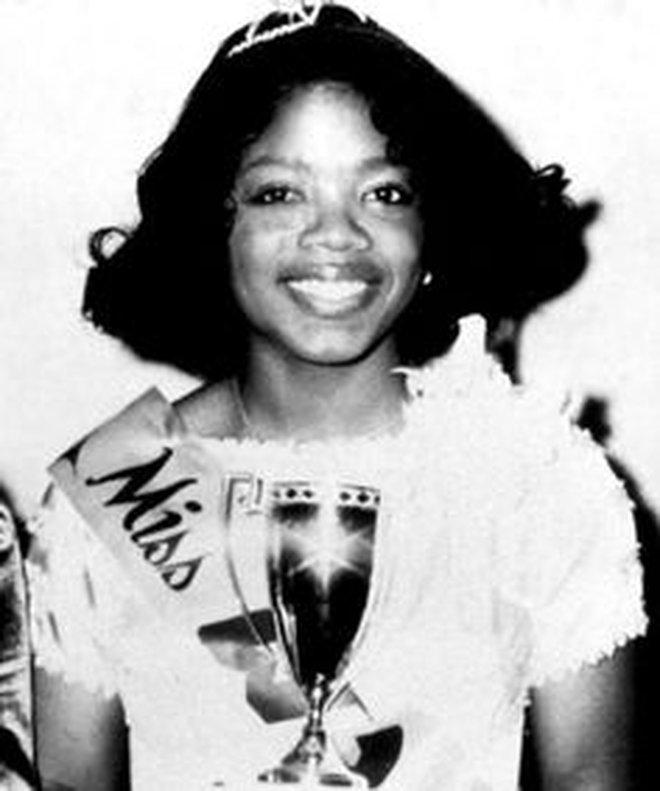 8/3 kể chuyện người phụ nữ có sức ảnh hưởng nhất hành tinh Oprah Winfrey: 14 tuổi mang thai vì bị lạm dụng tình dục, đạp lên vũng bùn đứng dậy tỏa ánh hào quang - ảnh 6