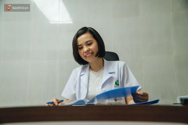 Nữ bác sĩ BV Phụ sản cùng đồng nghiệp cứu các thai nhi còn trong bụng mẹ bằng kỹ thuật đỉnh cao thế giới: Mọi em bé đều có quyền được sống! - ảnh 6