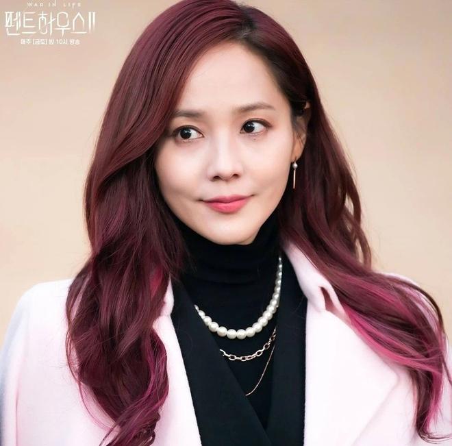 """Oh Yoon Hee """"rửa phèn"""" thành công ở Penthouse 2, nâng cấp style đúng chuẩn quý cô thượng lưu bậc nhất - ảnh 5"""