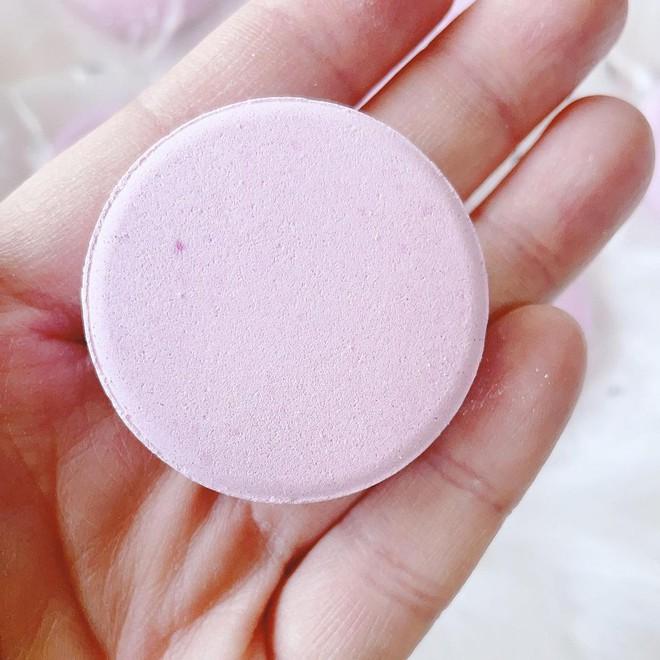 Chanel ra mắt viên tắm màu hồng siêu xinh giá 160k/viên, mỗi tội chỉ bán ở Nhật - ảnh 6