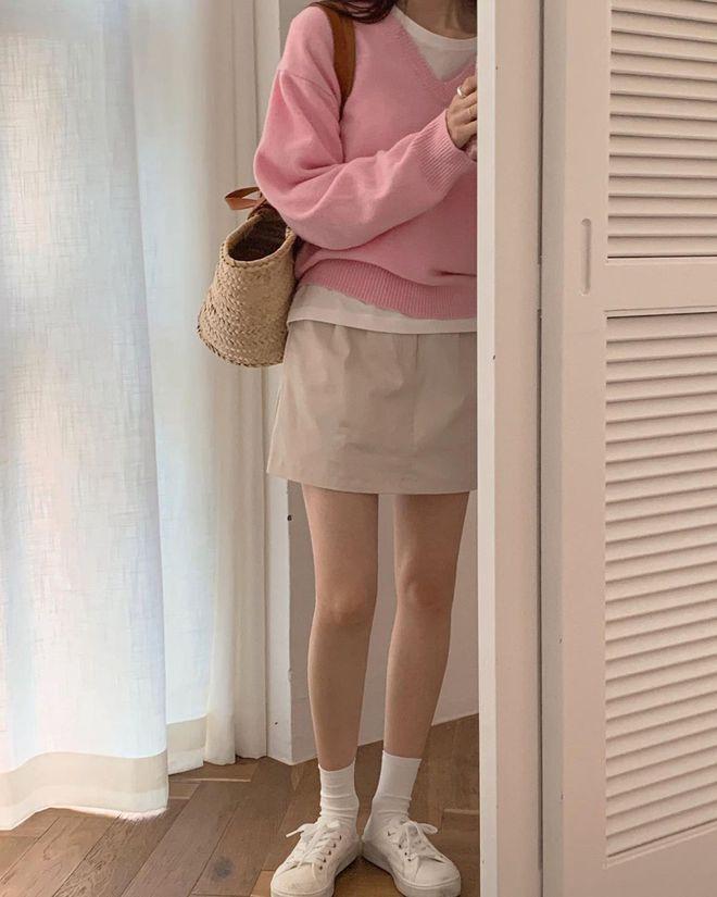 Seulgi (Red Velvet) và hội gái Hàn đang mê tít kiểu mix đồ bô nhếch nhưng cực kỳ hay ho này - ảnh 7
