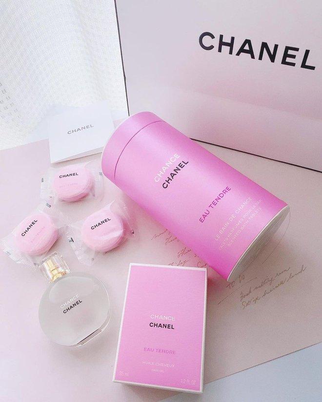 Chanel ra mắt viên tắm màu hồng siêu xinh giá 160k/viên, mỗi tội chỉ bán ở Nhật - ảnh 10