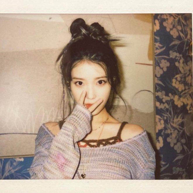 """""""Cao tay"""" như idol Kpop: Chỉ cần chun buộc và vài thao tác đơn giản là mái tóc tẻ nhạt bỗng đẹp lạ thường - Ảnh 2."""