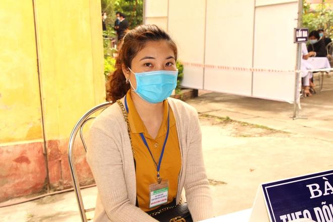 Nữ điều dưỡng tại Hà Nội sốt nhẹ sau khi tiêm vaccine Covid-19 - ảnh 4
