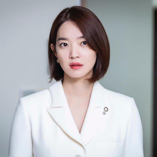Mặt tròn khác biệt, bạn gái tài tử Woo Bin đã để 4 kiểu tóc này để nhan sắc luôn đẹp đỉnh cao - ảnh 5