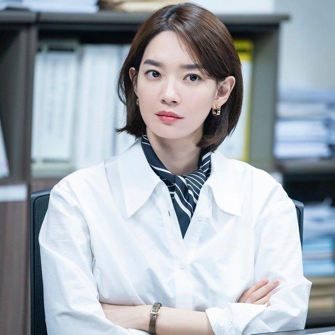 Mặt tròn khác biệt, bạn gái tài tử Woo Bin đã để 4 kiểu tóc này để nhan sắc luôn đẹp đỉnh cao - ảnh 4